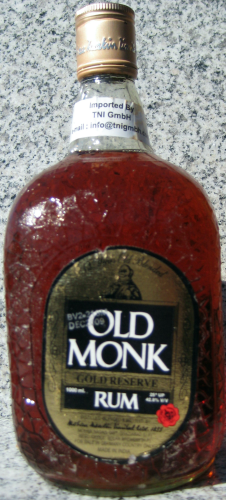 "Old Monk Rum 12 Jahre ""Gold Reserve"""